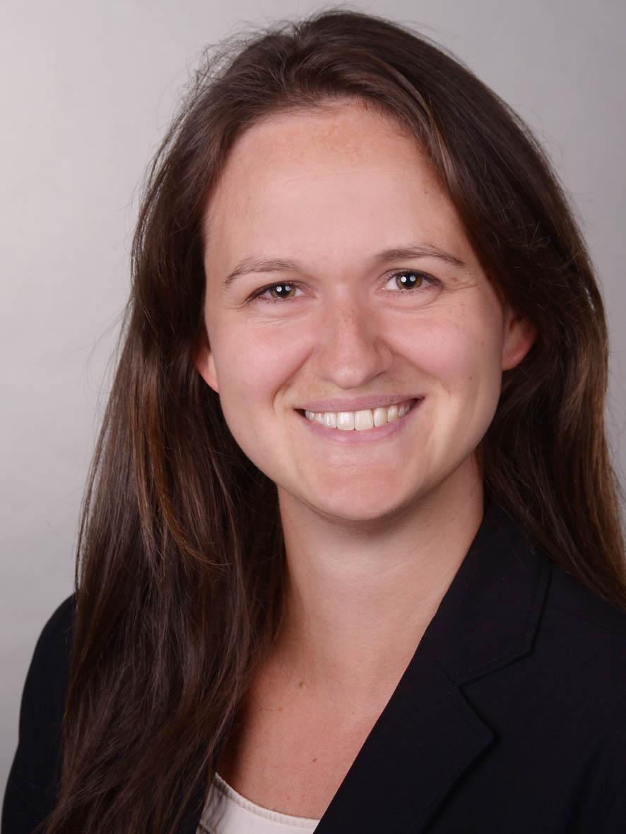 Dr. Alexandra Burger